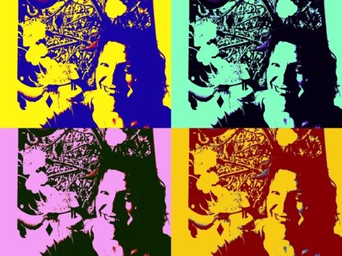 Selfie van juf Teatske verstopt in kunstwerk van .... Wie raadt het